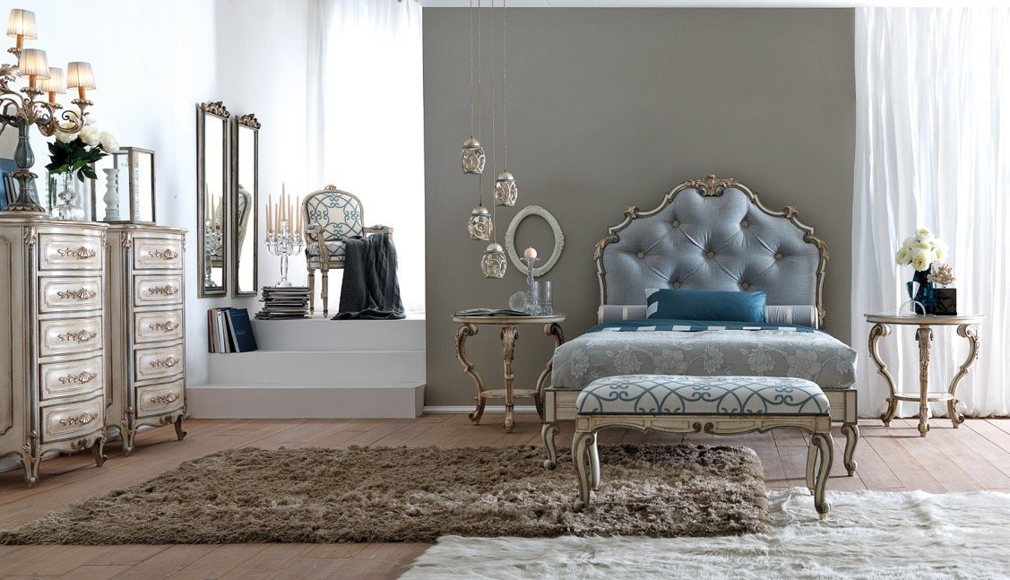 bedroom with light tones and sugar paper bed headboard