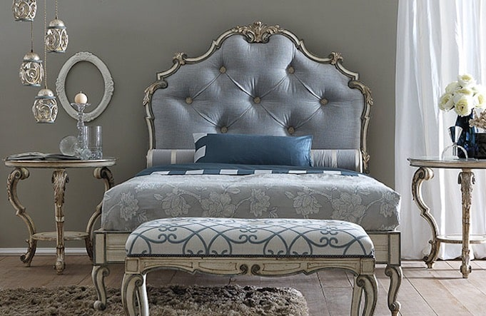 letto chesterfield blu